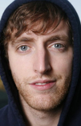 (Thomas Middleditch)