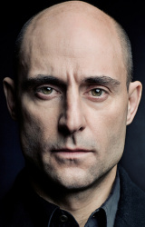 (Mark Strong)